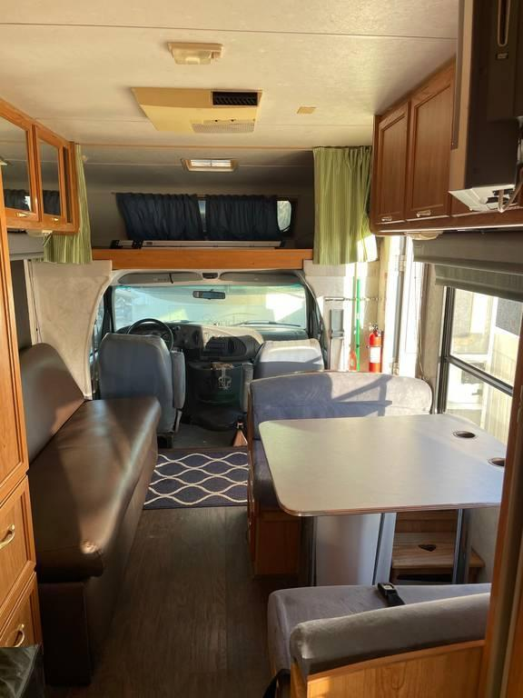Photo of 1997 Coachmen Catalina